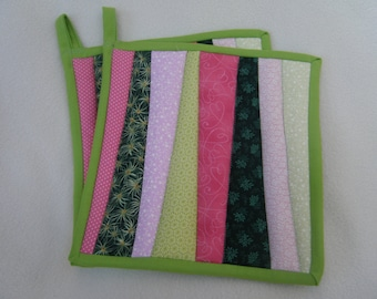 Modern Pink and Green Quilted Potholders - Set of 2 -  HANDMADE BY ME