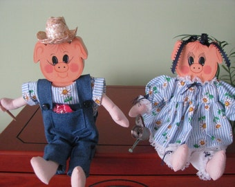 Pigs, shelf sitters,  gardening, hoe, watering can, homemade outfits, OFG