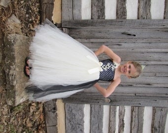 Black and white dress, black and white flower girl dress, flower girl dress, tulle dress, flower girl dress, tulle flower girl dress