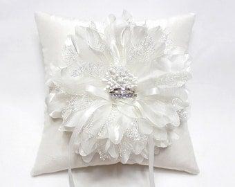 Wedding ring bearer pillow, off white flower ring pillow, silk ring pillow, wedding ring cushion