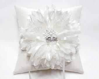 Wedding ring pillow - ring bearer pillow, off white flower ring pillow, silk ring pillow, wedding ring cushion