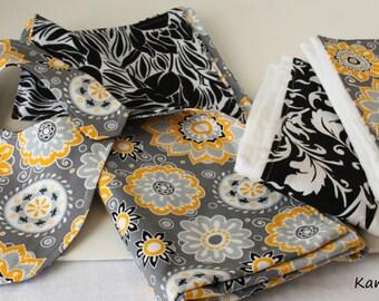 Baby Gift Set: Blanket/Bib/2 Burp Cloths