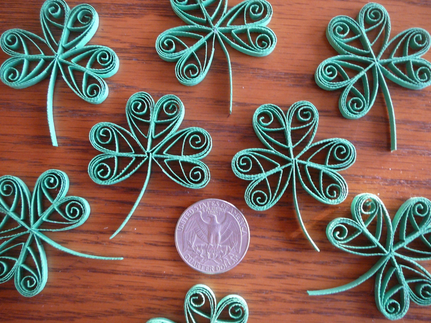 12ct paper quilled clover shamrocks table decoration card and for Decoration quilling