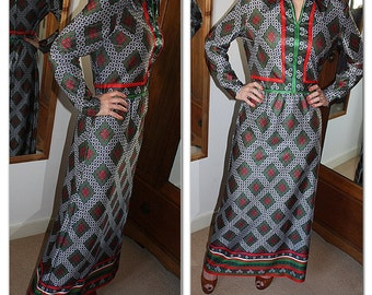 Vintage 1970s Emilio Borghese green, white and red mod design maxi dress