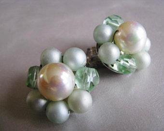 Vintage Soft Green Clipon Earrings - Japan Signed - Clip on Earrings