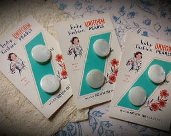 """Antique Lady Fashion Uniform Pearls Mother of Pearl Buttons on Cards 3/4"""" Self Shank Buttons NOS Iridescent White Ivory Shell"""