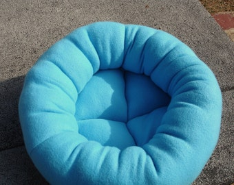 Cat bed, dog bed, pet bed, fleece bed, machine washable, turquoise, donut bed, 21 inch, round bed, donut bed, kitten bed, puppy bed