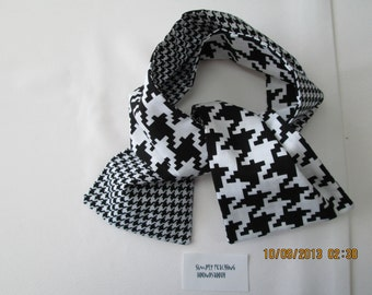 Dog scarf Houndstooth patterned reversible cotton scarf for dogs or people