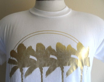 rad glam vintage 80s Mazatlan Mexico metallic gold foil palm tree beach print white tourist travel souvenir graphic t-shirt unisex crew neck