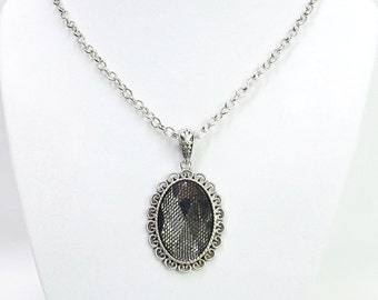 Oval Silver w/Net Covered Clear Glass Pendant Necklac