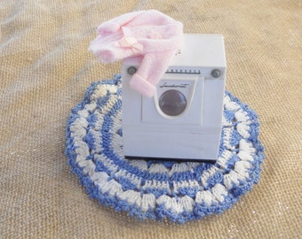 Westinghouse Washing Machine Salt Shaker, Vintage, Doll House Furniture, Retro, Collectible