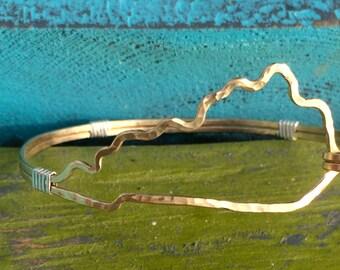 Kentucky bracelet, State outline shaped bracelet hammered in wire