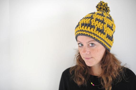 SNOWBALL Hat (crochet, slouchy, warm, winter, pompom) crochet pattern.