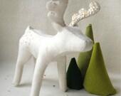 Reindeer PDF Pattern Christmas Decoration Centrepiece wool felt rudolf fawn