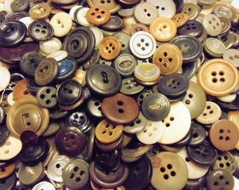 125 piece assorted vintage button mix, 12-23 mm ( B7)