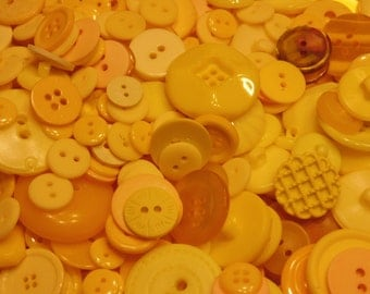 75 piece, all kinds of yellow button mix, 10-28 (B10)