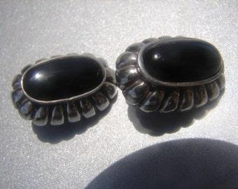 Black Onyx Scalloped Edge Sterling Clip On Earrings 232.