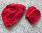 Hand knit Christmas red baby hat and mittens