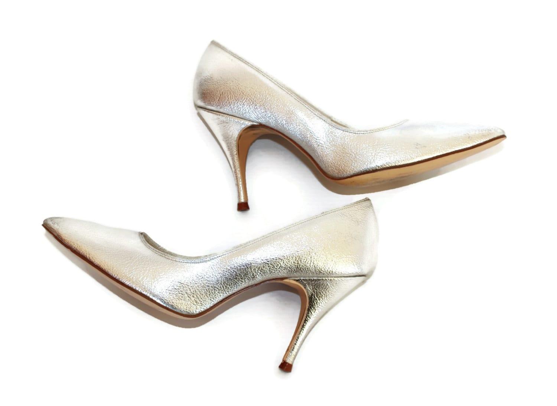 3 Silver Heels
