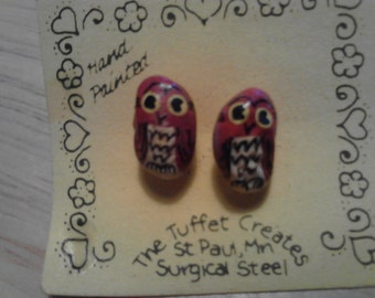 Hand-Painted  Beans- Vintage   Owl Earrings  ECS