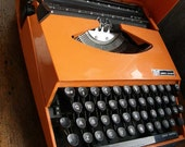 Rare1970s Smith Corona Ghia orange manual portable typewriter,tjaarda,tomaso,car designers