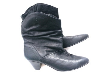 Pirate Pixie Slouch Booties Boots Super soft Leather VINTAGE