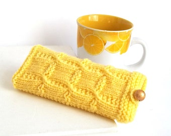 SALE - 30%OFF. Yellow Knit Glasses Case. Reading Glasses Case. Knitted Eyeglasses Holder.