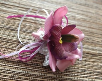Lilac Cymbidium Orchid Boutonniere, Groom Boutonniere, Orchid Boutonniere, Purple Boutonniere