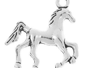 5 Pieces Antique Silver Trotting Horse Charms