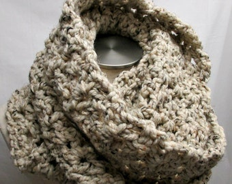 FREE SHIPPING - Chunky Crochet Infinity Scarf - Beige mix
