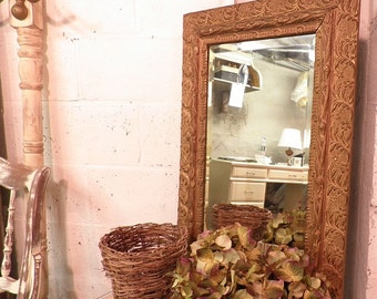 Rustic chic vintage mirror vintage vintage mirror french for Miroir grossissant x20