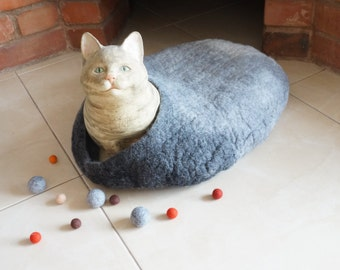 Cat cave bed house Felted Placemat  Wool oval round Freeform pet dog mat grey ombre monochrome red blue green purple blue brown