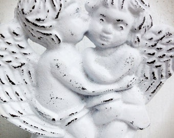 BOLD snowy white kissing cherubs business CARD HOLDER soap dish // ornate angels // bathroom office decor // victorian cottage shabby chic