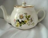Vintage Teapot Arthur Wood England Tea Pot White Floral Shabby Cottage Chic 3-4 Cup