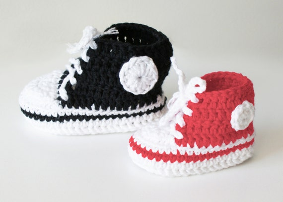 Free Crochet Pattern For Baby High Tops : DIY Crochet PATTERN Chucky Baby High-Top & Sneaker Booties