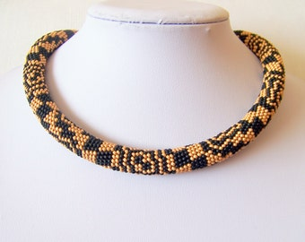 Gold and black Bead crochet necklace with geometric pattern - Beaded rope necklace - Handmade jewelry - Beadwork - fashion necklace