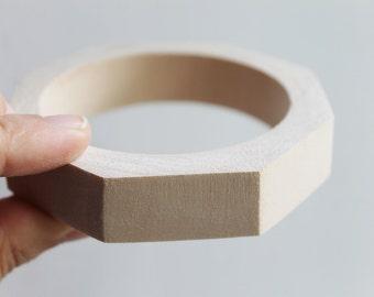 20 mm Wooden bracelet unfinished round octahedral - natural eco friendly OKT20