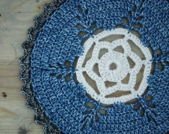 Doily in blue, grey and white, crochet doilie