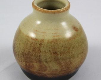 Tan/Black bud vase