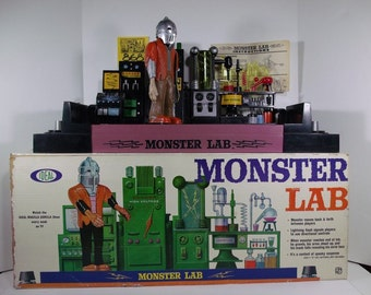 1960's Ideal Monster Lab