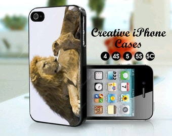 Lion and cub love - iPhone 4/4S, iPhone 5, iPhone 5S, iPhone 5C - father pride happy fathers day