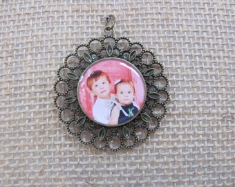 1 in custom photo pendant, available in antique bronze and antique silver
