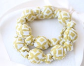 Fabric Necklace,Teething Necklace, Chomping Necklace, Nursing Necklace - Yellow Pattern