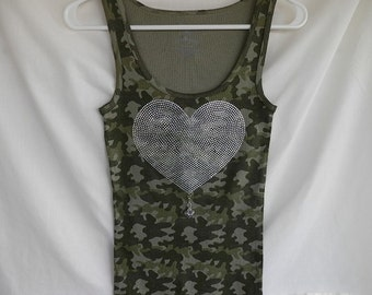 Rhinestone Heart Design Camo With A Really Cute Removable Heart Charm Or Choose a Charm From The Second Picture. Valentines Day Gift Giving.