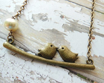 Bronze Bird Necklace, Simple Bronze Necklace, Simple Bird Necklaace, Bird Pearl Necklace, Minimalist Necklace, Vintage Inspired Necklace