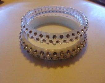2 Vintage Plastic Bangle Bracelet With Rhinestones