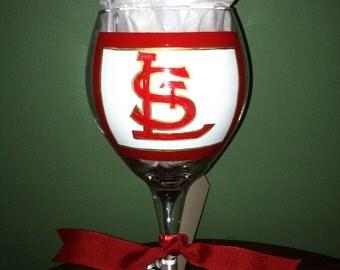 Cardinal baseball wine glass