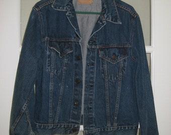 Reduced was 99.00 Vintage LEVI'S Men's Blue Trucker Jean Denim Jacket Big E 70's 2 Pockets Made in USA Nice