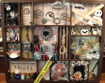 Haunted House Halloween Shadow Box Wall Hanging Decoration
