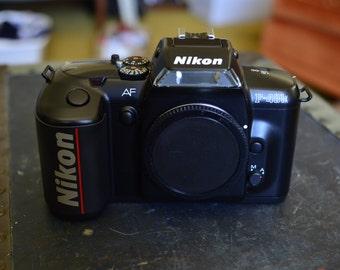 Nikon F401x 35mm film SLR camera BODY ONLY.